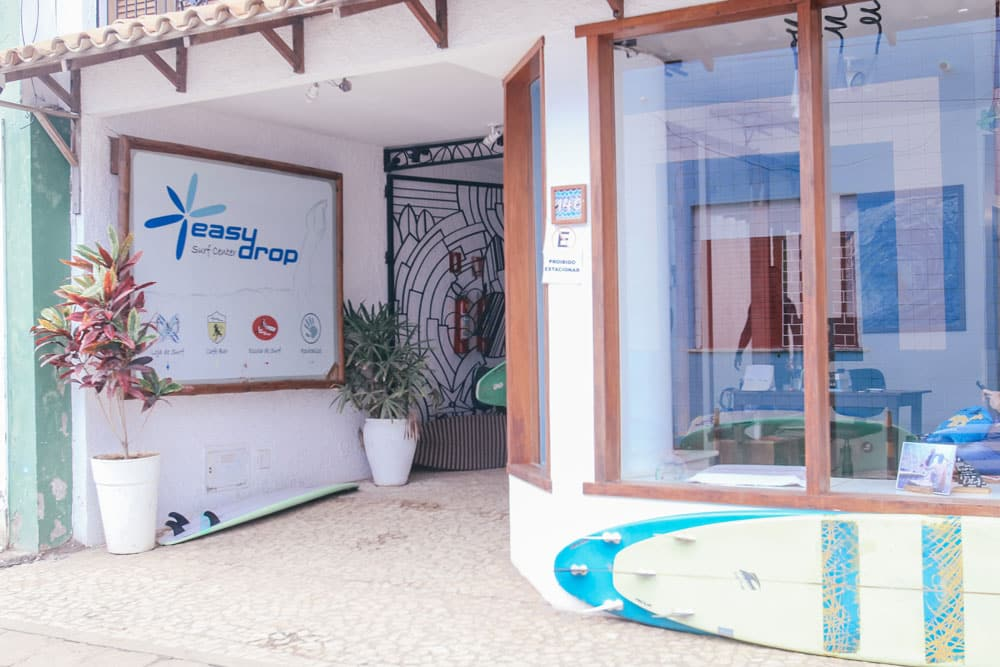 predio_da_easydrop_surf_camp