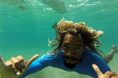 Junio dos Santos da EasyDrop Surf Camp